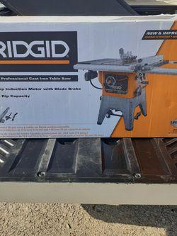 Dewalt Cast Iron Tables Saw for Sale in Houston,  TX