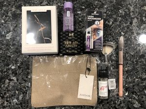 NEVER OPENED Makeup brushes, eyeshadow, curler, cleaner for Sale in Tempe, AZ