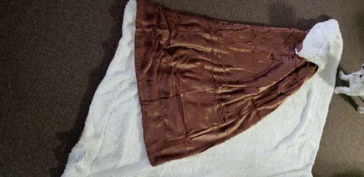 Sherpa blanket for Sale in West Babylon,  NY