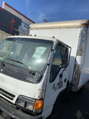 Isuzu box truck for Sale in Los Angeles, CA