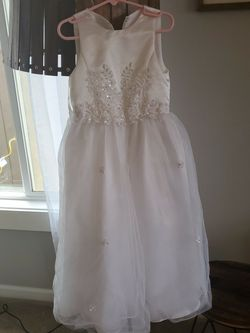Flower Girl Dress - Size 5 for Sale in Everett,  WA
