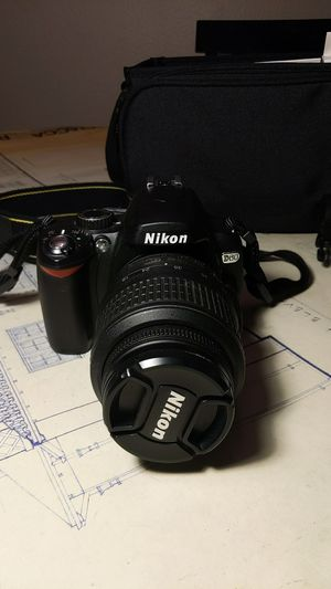 Nikon D60 w/ extra lense, charger+ international adapter, 2 spare batteries, & carrying case for Sale in San Diego, CA