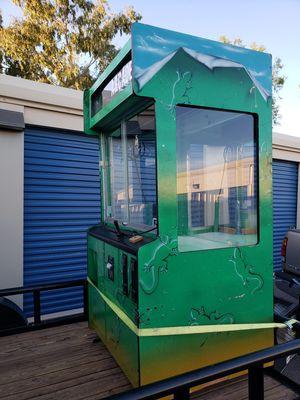 Large Claw Machine for Sale in Buckeye, AZ