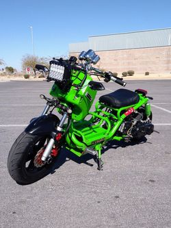 Moped/Scooter 50cc Maddog Ruckus Style Custom Fat Tire for Sale in Las Vegas,  NV