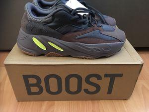 Adidas Yeezy 700 size 8.5 for Sale in Miami, FL