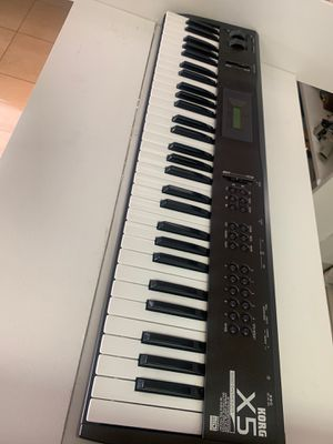 Korg x5 music synthesizer for Sale in Fort Lauderdale, FL