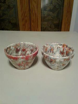 Two nice looking red and gray flower pots for Sale in Austin, TX