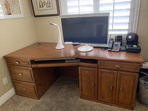 Office desk for Sale in Henderson, NV