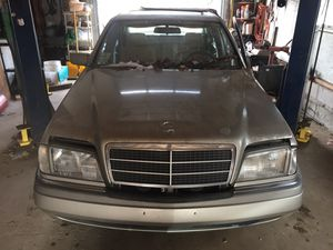 Selling parts off this 1994 Mercedes Benz C280 for Sale in Swansea, MA