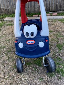 LITTLE TIKES COZY COUPE TODDLER PUSH CAR for Sale in Fort Worth,  TX