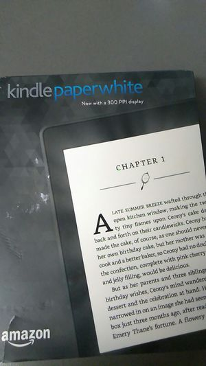 Amazon Kindle Paperwhite 4gb Daylight Readable Built in Light for Sale in Long Beach, CA