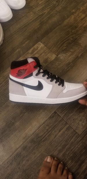 Jordan 1 retro Smoke Grey Size 10 for Sale in Atlanta, GA