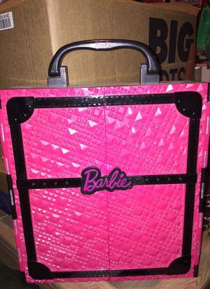 Barbie carry case Closet for Sale in Grandview, IL