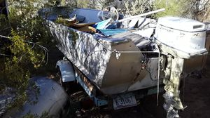 Aluminum fishing boat 14 to 16 ft for Sale in Mesa, AZ