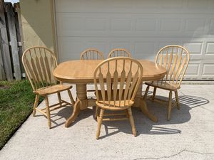 Wood dining kitchen table for Sale in Margate, FL