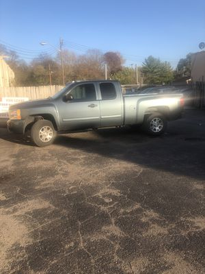 Chevy Silverado 1500 LT 2012 4x4 for Sale in Indianapolis, IN