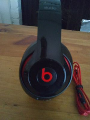 Beats studio 2 wired excellent condition for Sale in Houston, TX