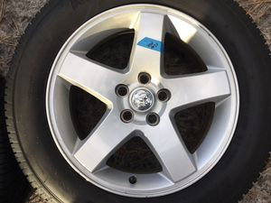 """Dodge Challenger 17"""" Wheels OEM w tpms sensors and two New Kenda tires for Sale in Jackson, NJ"""