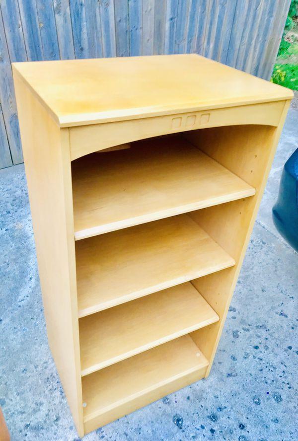 Beautiful wood bookshelf