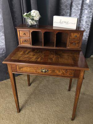 Wooden Desk/Vanity for Sale in Lumberton, NJ