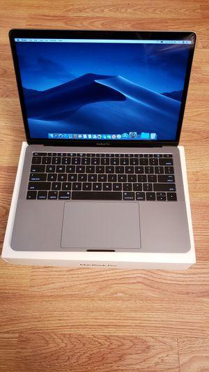 Macbook Pro 2017 Retina Apple warranty for Sale in Miami, FL