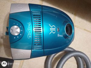Riccar Pizzaz vacuum for Sale in Portland, OR