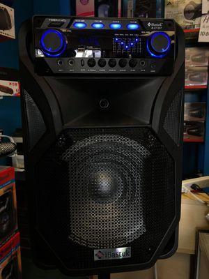 4800 watts BLUETOOTH KARAOKE PORTABLE SPEAKER** for Sale in Huntington Park, CA