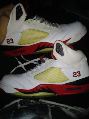 Size 12 2006 Air Jordan V (5) fire reds. for Sale in Boston, MA