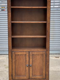 Modern Brown Wood Bookcase w/ Storage for Sale in Queens,  NY