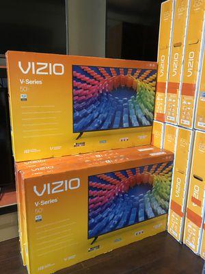 Vizio 50 inch 4K TV smart with Warranty for Sale in Vernon, CA