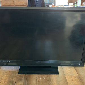 VIZIO 55' Inch Tv for Sale in Lake Stevens, WA