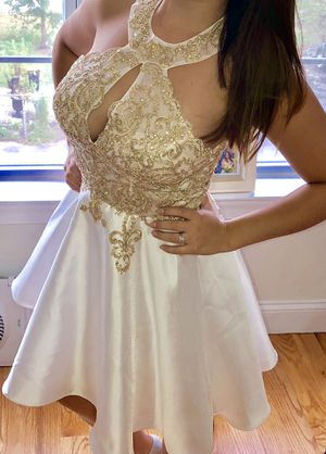 XSCAPE White/Ivory/Golden Dress Size 6 Tag On Never Worn for Sale in Clifton, NJ