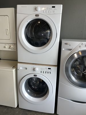 FRIGIDAIRE LARGE CAPACITY STACKABLE WASHER DRYER ELECTRIC for Sale in Vancouver, WA