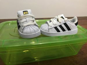Shoes kids size 4 for Sale in Lake Alfred, FL