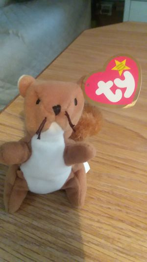 """1993 Rare 1st Edition """"Nuts """"-the squirrel for Sale in Mesa, AZ"""