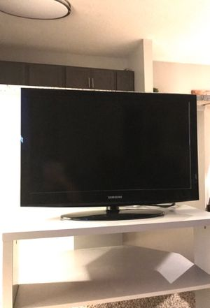 """Samsung 32"""" TV for Sale in Freeville, NY"""