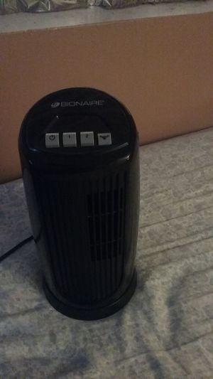Bionaire mini oscillating desk tower 2 speed fan model BT0 15 black for Sale in Phoenix, AZ