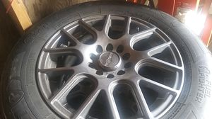 Universal 5 lugg rims came off 1999 lexus es 300 for Sale in Seattle, WA