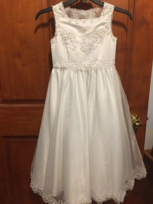 White Fancy Dress For Girl Size 7 - Vestido Blanco Para Niña Talla 7 for Sale in Chicago, IL
