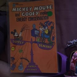 Mickey N Goofy Comic Book for Sale in Fresno,  CA