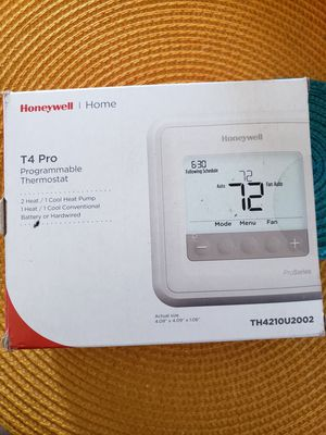 2 Honeywell Thermostats for Sale in Spring Hill, TN