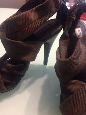 Burberry heels for Sale in Santa Clarita, CA