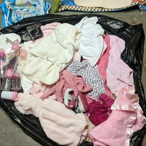 Baby Stuff (Free) for Sale in Manchester, CT