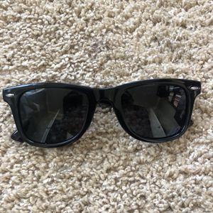 Foster Grant Sunglasses for Sale in Pompano Beach, FL