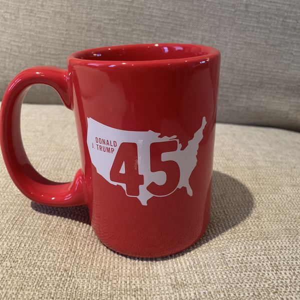 LIMITED EDITION RED MAGA CUP MUG MAKE AMERICA GREAT AGAIN COFFEE COLLECTIBLE