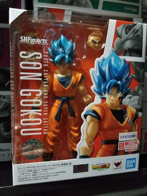 S. H. Figuarts Dragon Ball Super Broly - SSGSS Goku for Sale in Ontario, CA