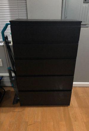 Dresser for Sale in Philadelphia, PA