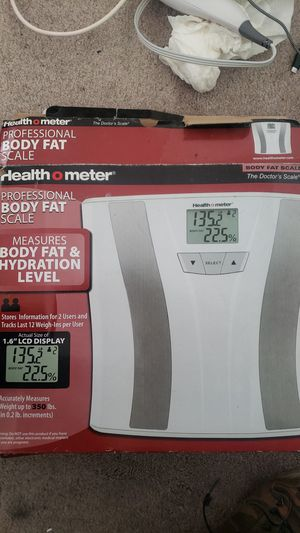 Health o meter Scale/ spa brush for Sale in San Bernardino, CA