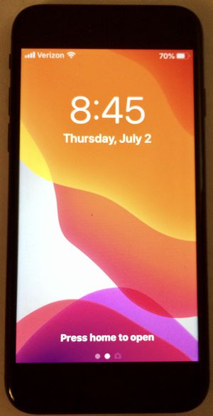 New iPhone SE 2020 64gb, Factory Unlocked, Clean History for Sale in Lake Forest, CA
