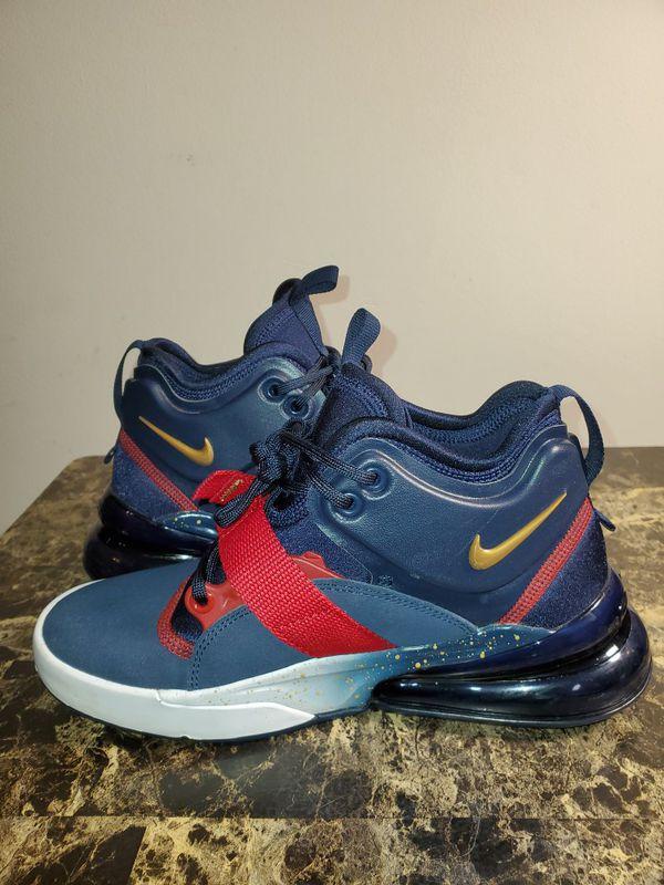 Nike Air Force 270 Sneakers